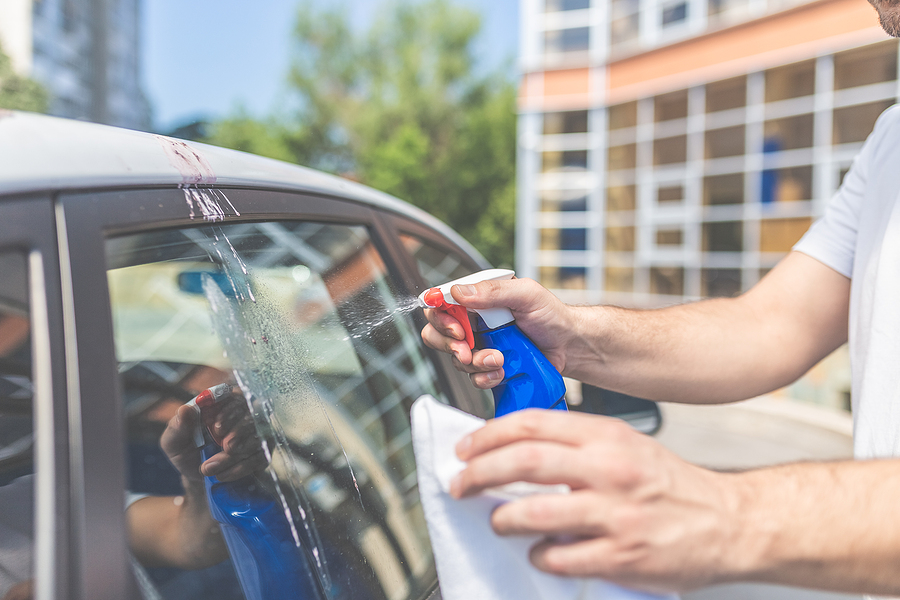 how to properly clean car windows